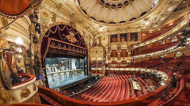 London Coliseum Auditorium 2018-09-23 8.jpg