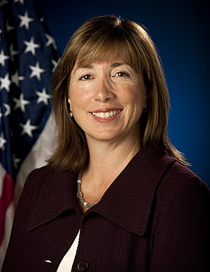 Lori Garver - Image: Lori Garver official portrait