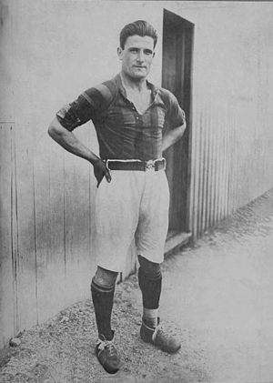 Luis Monti - Monti in 1925 while playing at San Lorenzo.