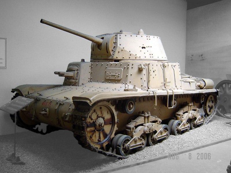 M15-42-Saumur.0004yfcp