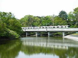 八乙女-黒松間を走る1000系電車