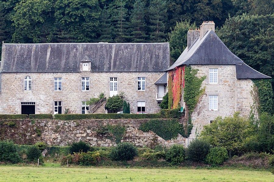 Français:  Manoir de la Noë-Sèche à Le Fœil (France).
