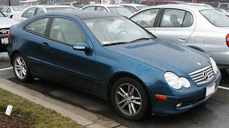 Mercedes C Class Coupe >> File Mercedes Benz C Class Coupe Jpg Wikipedia