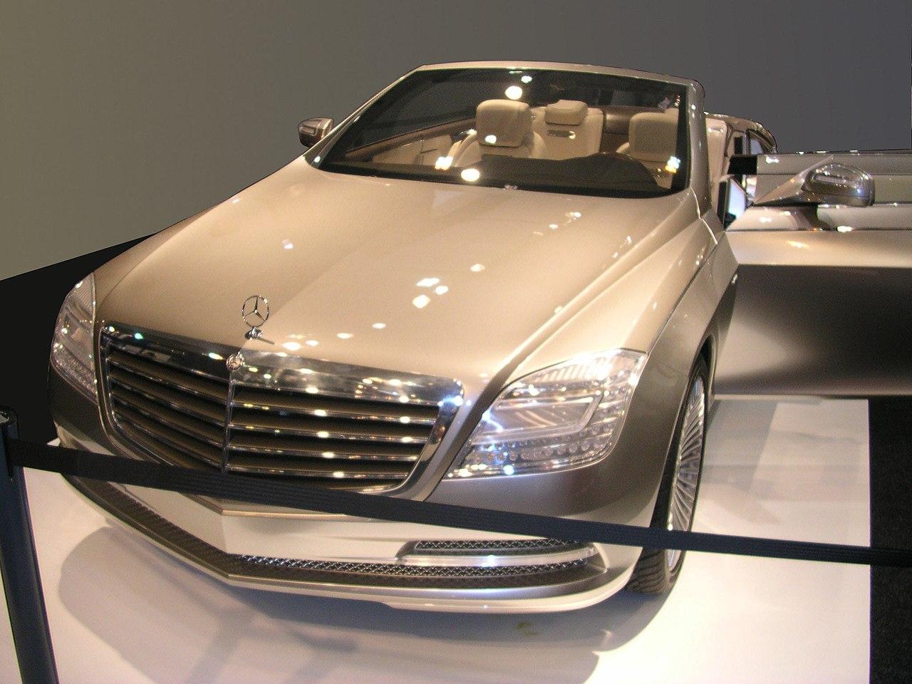 Original file 2 048 1 536 pixels file size 310 kb for Mercedes benz ocean drive