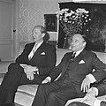 Minister-president Jack Lynch (links) en premier Piet de Jong, Bestanddeelnr 920-4280.jpg