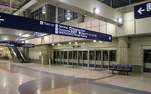 Minneapolis–St. Paul Airport Trams - Image: Minneapolis St Paul International Airport MSP Tram 15807922495