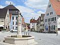 Monheim, DON - Marktbrunnen, Marktpl Ri N, Rathaus, Unteres Tor.jpg