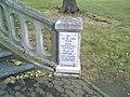 Monument souvenir d'un lieu de 1944 proche du pont sur l'adour à Aire-sur-l'Adour.jpg