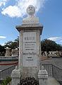 Monumento al poeta y escritor guatemalteco Humberto Porta Mencos.jpg