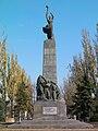 Monumentul Eroilor Comsomolului Leninist, Chișinău (4866558771).jpg