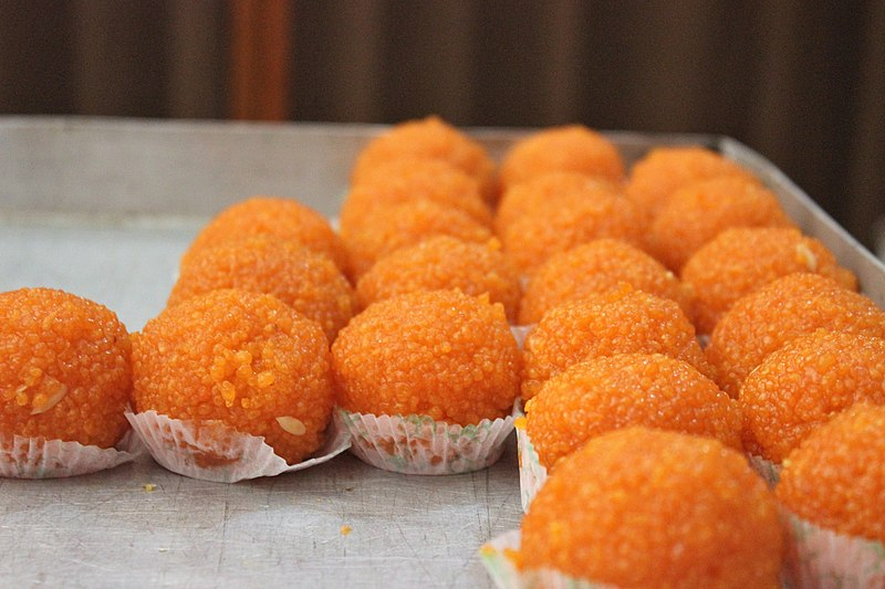 File:Motichoor ka Ladoo - sweets of India.jpg