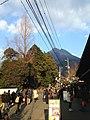 Mount Yufudake from Yunotsubodori Street 2.jpg