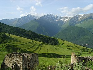 English: Mountain of Ingushetia. Русский: Горн...