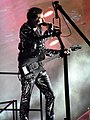 Muse Matthew Bellamy Live at Wembley Stadium 2010.jpg