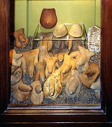 Ex voto anatomici in terracotta (da santuario sannitico a Cales)