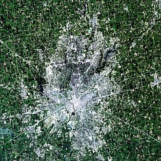 Indianapolis metropolitan area - Satellite image of the Indianapolis metropolitan area (2001).