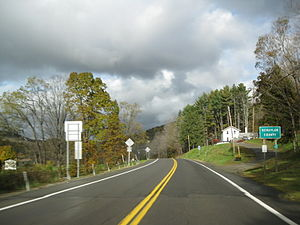 New York State Route 224 - Image: NY 224 at the Schuyler County line