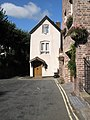 Narrow cottage opposite St Leonard's - geograph.org.uk - 1453040.jpg