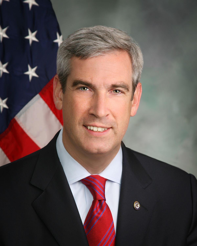 Neil MacBride - Wikipedia