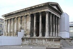 Maison Carrée - Image: Nimes, Maison Caree Dieser römische Podiumstempel