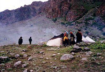 Nomadic c& near Tsurphu Monastery & Nomadic tents - Wikipedia