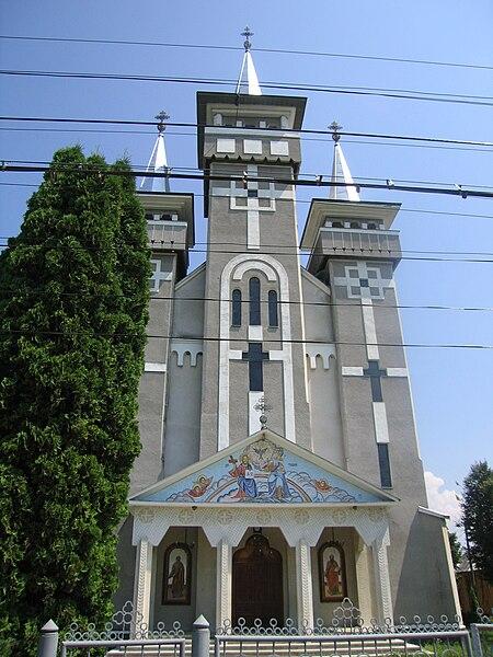 Fişier:Noua biserica ortodoxa.jpg