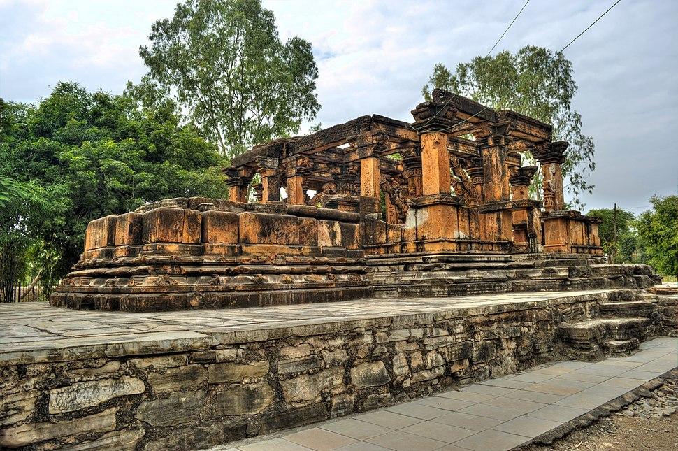 Nova Toran Temple , Khor ,Neemuch Nimach near vikram Cement Campus (15)