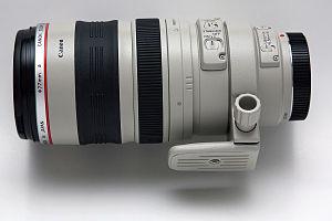 Canon EF 100–400mm lens - Image: Objektivschelle 2