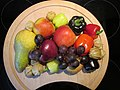 Obst und Gemüse Teller - panoramio.jpg