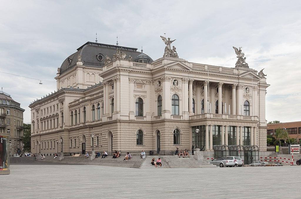 Das Opernhaus Zürich