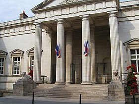 Cour d 39 appel d 39 orl ans wikimonde for Tribunal de grande instance salon de provence