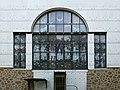 Otto Wagner Kirche - Die geistigen Tugenden, Fenster (2).jpg