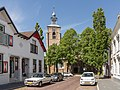Oude Tonge, NHkerk RM31708 in straatzicht foto6 2015-05-24 15.57.jpg