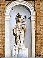 Palazzo Comunale, statua della Madonna col Bambino (Lendinara).JPG