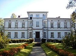 Palsmanes muižas pils 2000-09-13.jpg