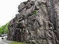 """Parcheggio e parete della palestra di roccia """"Il Cinzanino"""" - falesia di Maccagno (Lago Maggiore - Varese) - 2017-04-30.jpg"""