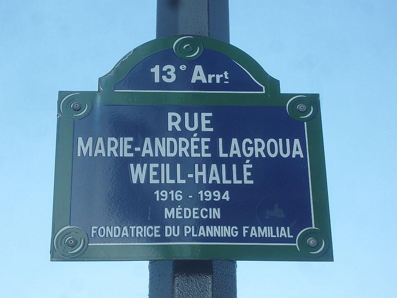 Fichier:Paris 13e - Rue Marie-Andrée-Lagroua-Weill-Hallé - plaque.jpg