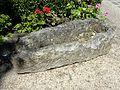 Parmain (95), auge ou cercueil exposé au jardin de la mairie.jpg
