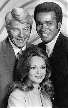 Peter Graves Greg Morris Lynda Day George Mission Impossible 1972.JPG