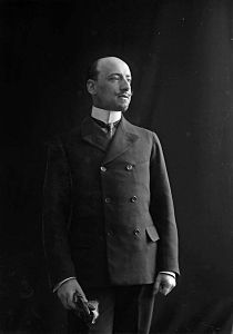Photo of prince d' annunzio.jpg