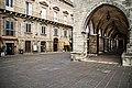 Piazza Santa Maria Maggiore con il suo elegante portico.jpg