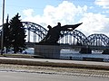 Piemineklis 1905.gada cīnītājiem (1960 tēln. A.Terpilovskis, arh. K.Plūksne), 11.novembra krastmala, Rīga, Latvia - panoramio.jpg