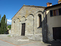 Santa Maria a Scò، the parish church