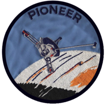 Pioneer 10 - Pioneer 11 - mission patch - Pioneer patch.png