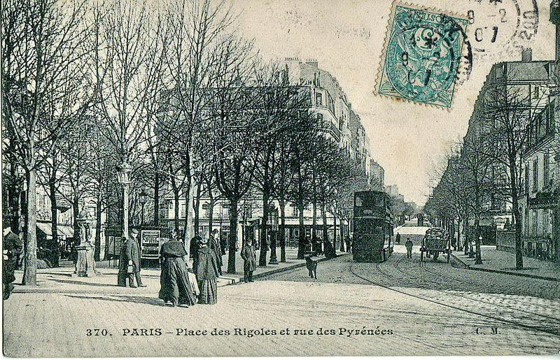 Fichier:Place des Rigoles et rue des Pyrénées.jpg