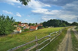 Pohled na vesnici od rozcestníku Protivanov - Zadky, okres Prostějov.jpg