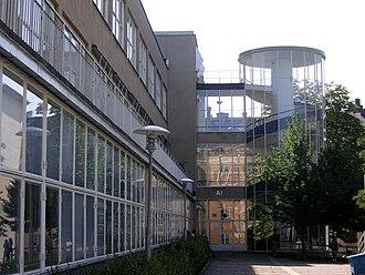 Paul Hedqvist - St. Erik's gymnasium in Stockholm