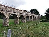 Pont aqueduc de l'Avre sur la Meuvette - panoramio (1).jpg