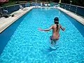 File:Pooljump 9436 Nevit.ogv