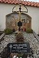 Prachatice, hřbitov, rodiče sv. J. Neumanna (02).jpg